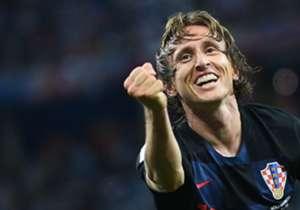 Od dolaska u Madrid, Luka je zabio 19 golova za Real i Hrvatsku, od čega su dva bila iz jedanaesterca i 14 - izvan šesnaesterca! Zašto, pobogu, ne puca češće?!