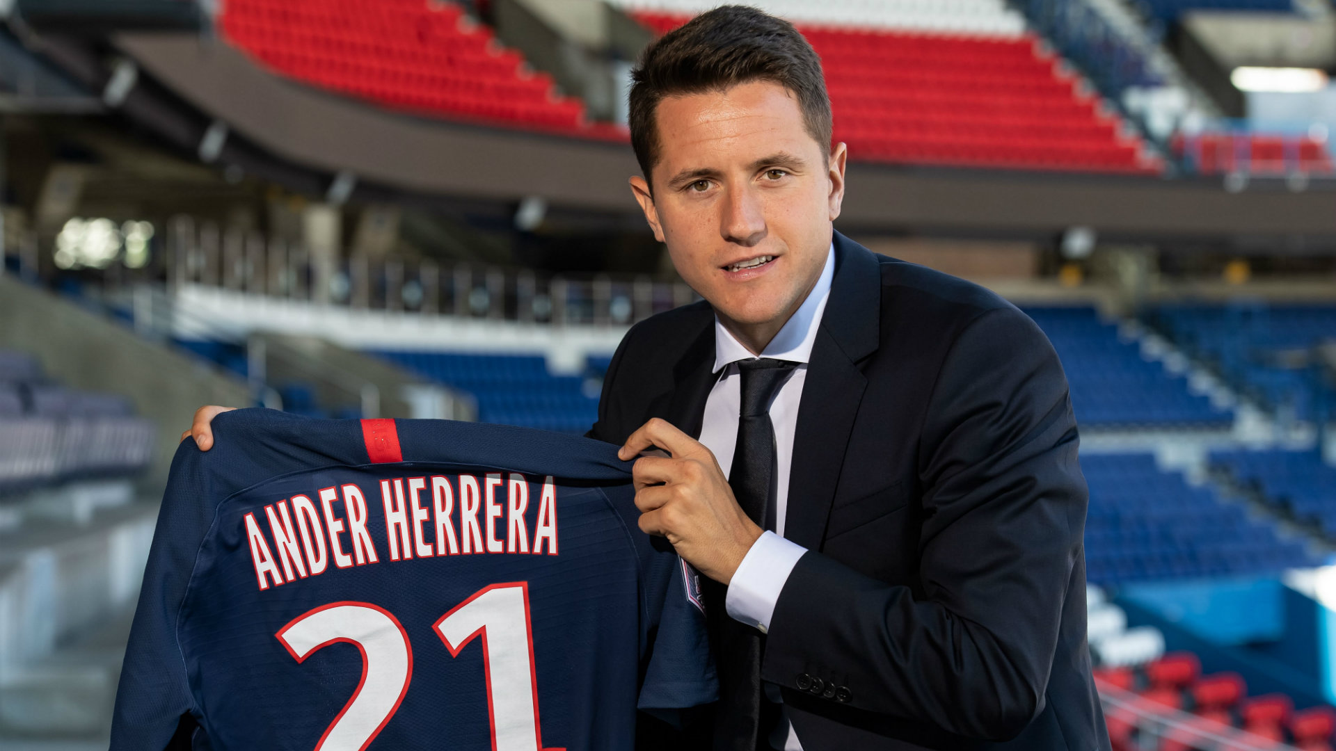 Ander Herrera Points Finger At Man United Board After Tense Departure