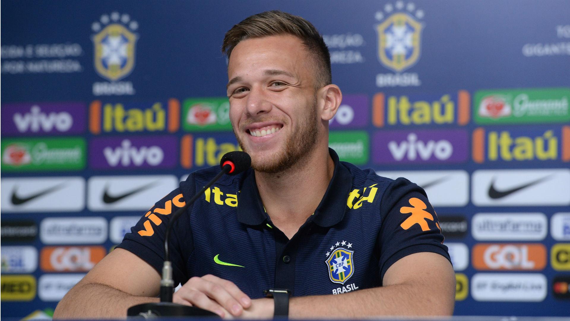 Treino da Seleção termina mais cedo para Neymar e outros três