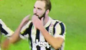 Gonzalo Higuaín Juventus 251017