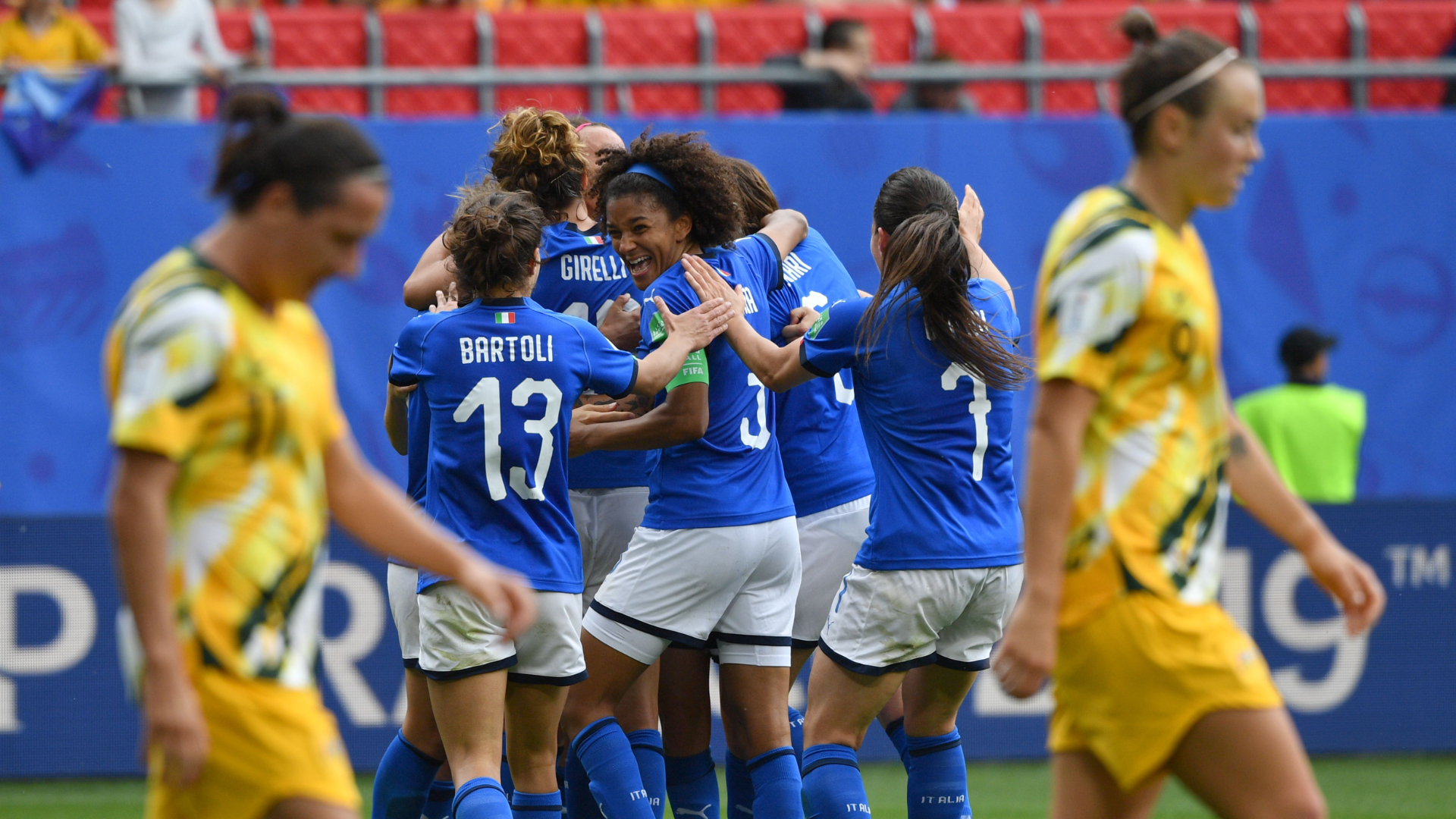 Italy beats Australia 2-1 in Women's World Cup