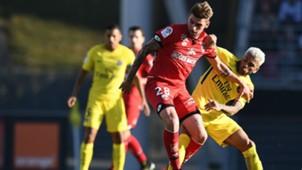 Dani Alves Cedric Varrault Dijon PSG Ligue 1 14102017