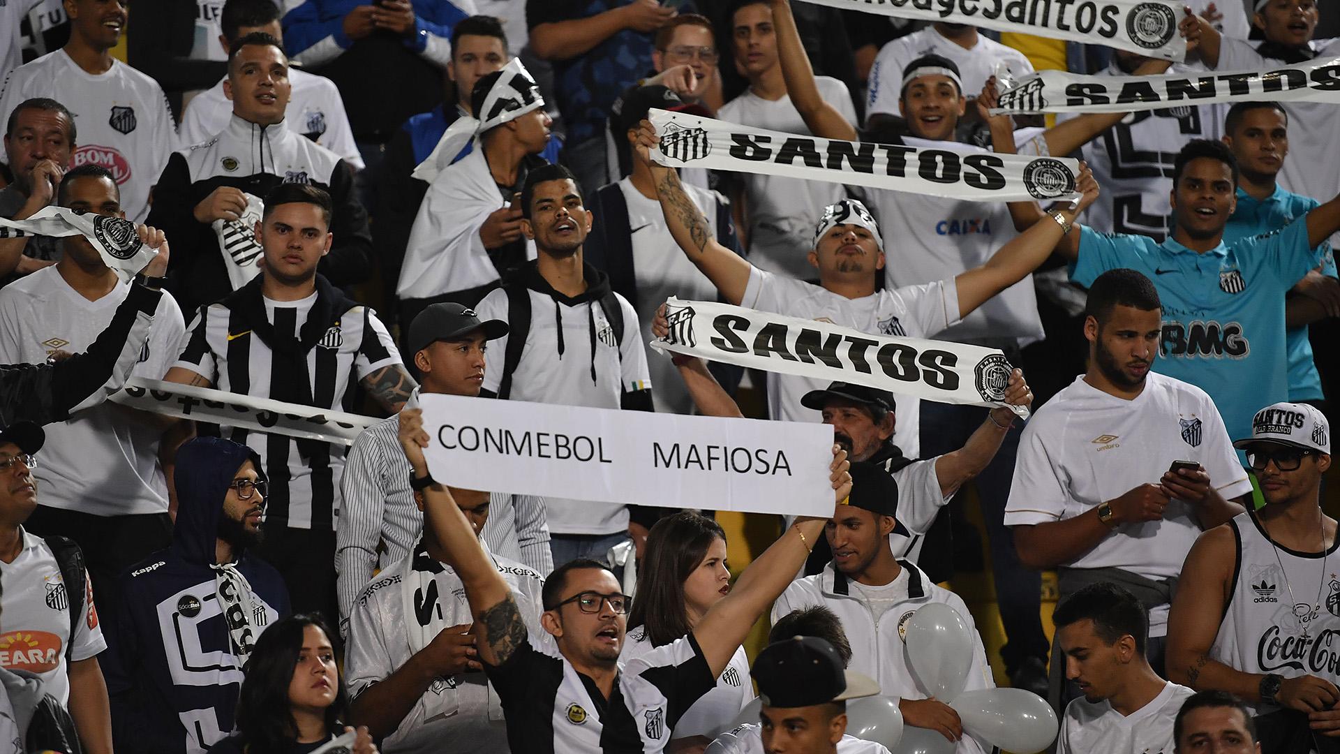 Torcida Santos Independiente Copa Libertadores 28082018