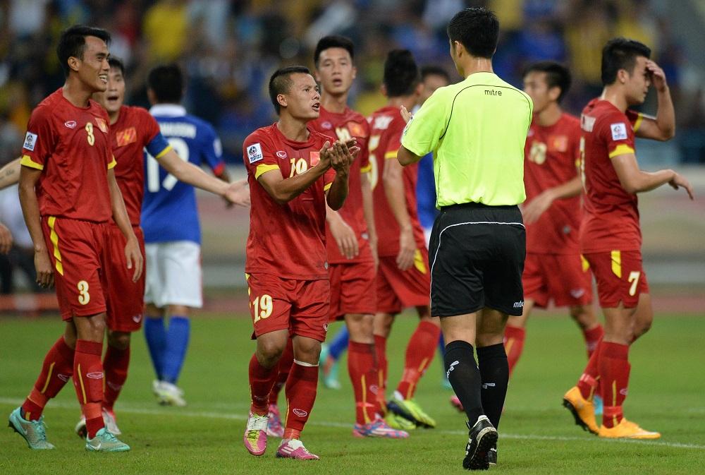 Trọng tài Ma Ning AFF Cup 2014 Malaysia vs Việt Nam