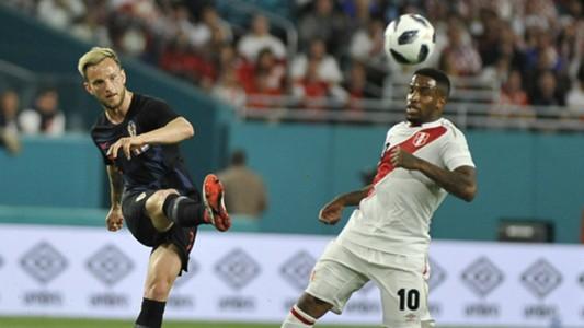 Ivan Rakitic Croatia Jefferson Farfan Peru