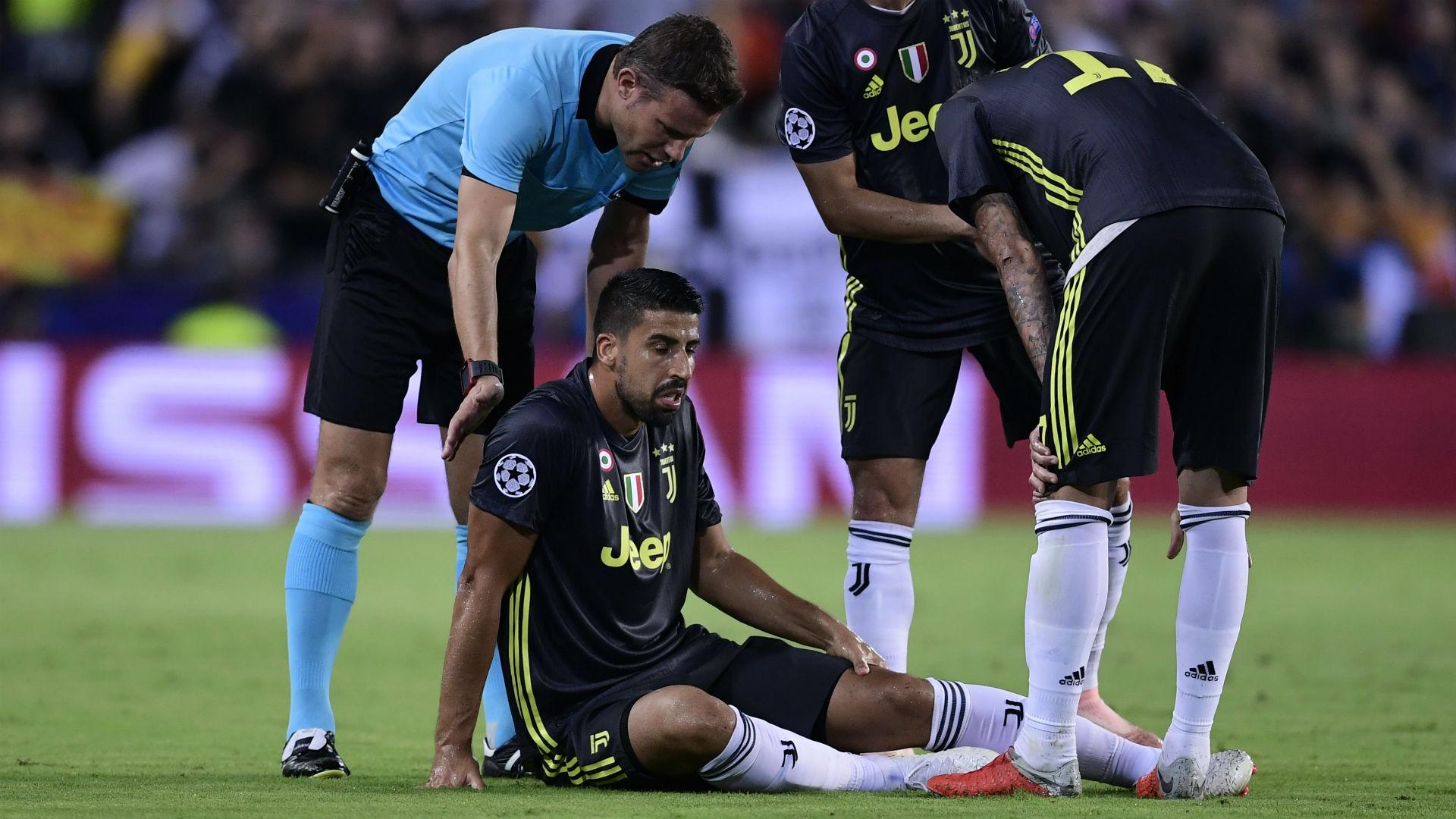 Juventus, Khedira si ferma: distrazione ai flessori della coscia sinistra