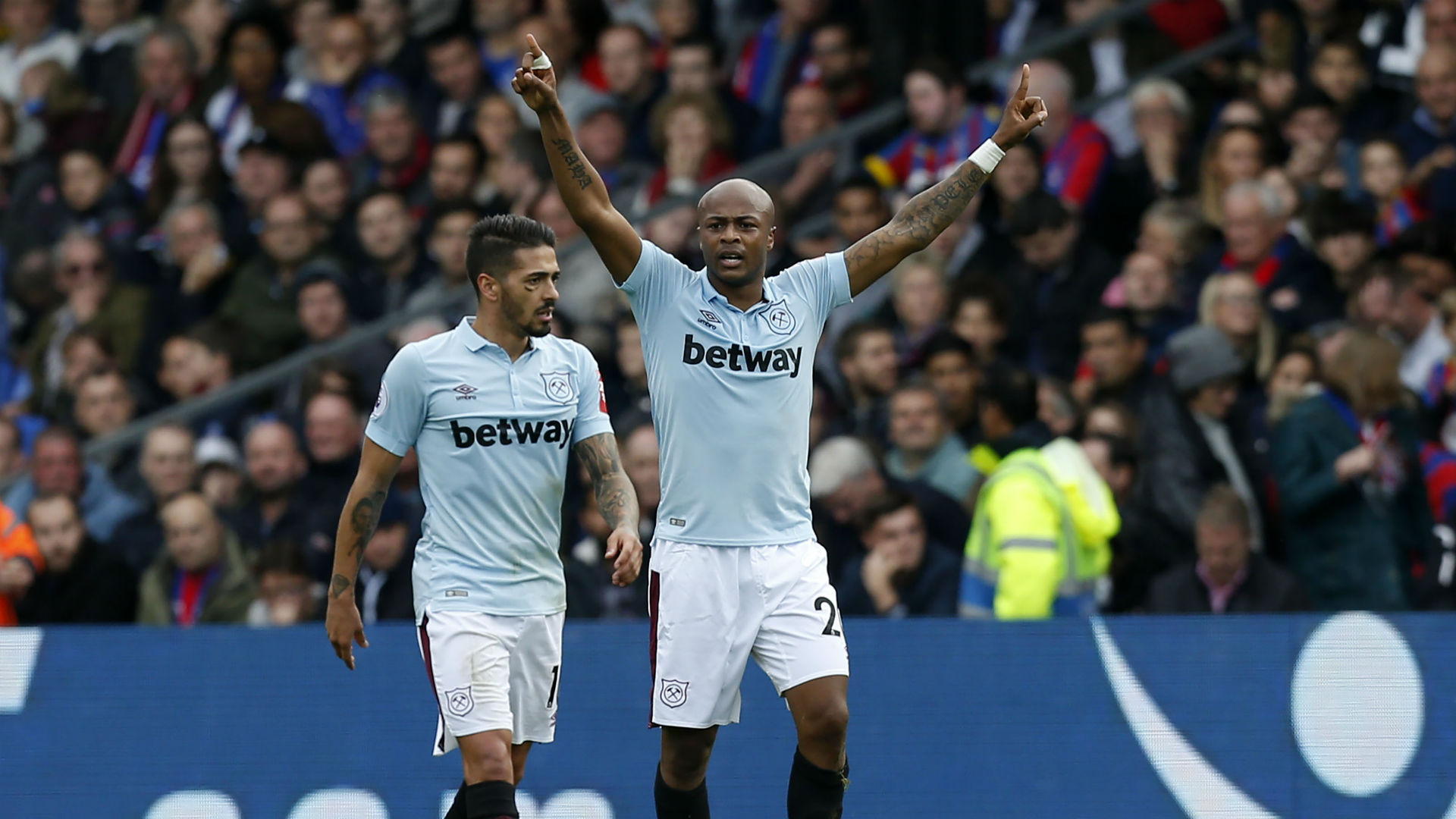David Moyes Admits Having Tough Conversations With West Ham Duo
