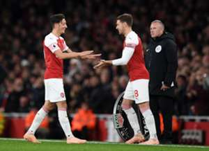 Mesut Ozil Aaron Ramsey Arsenal Leicester City Premier League 10/22/18