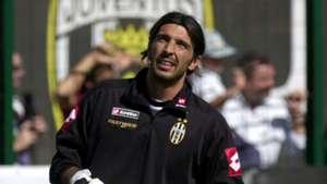 Gianluigi Buffon Juventus 2001