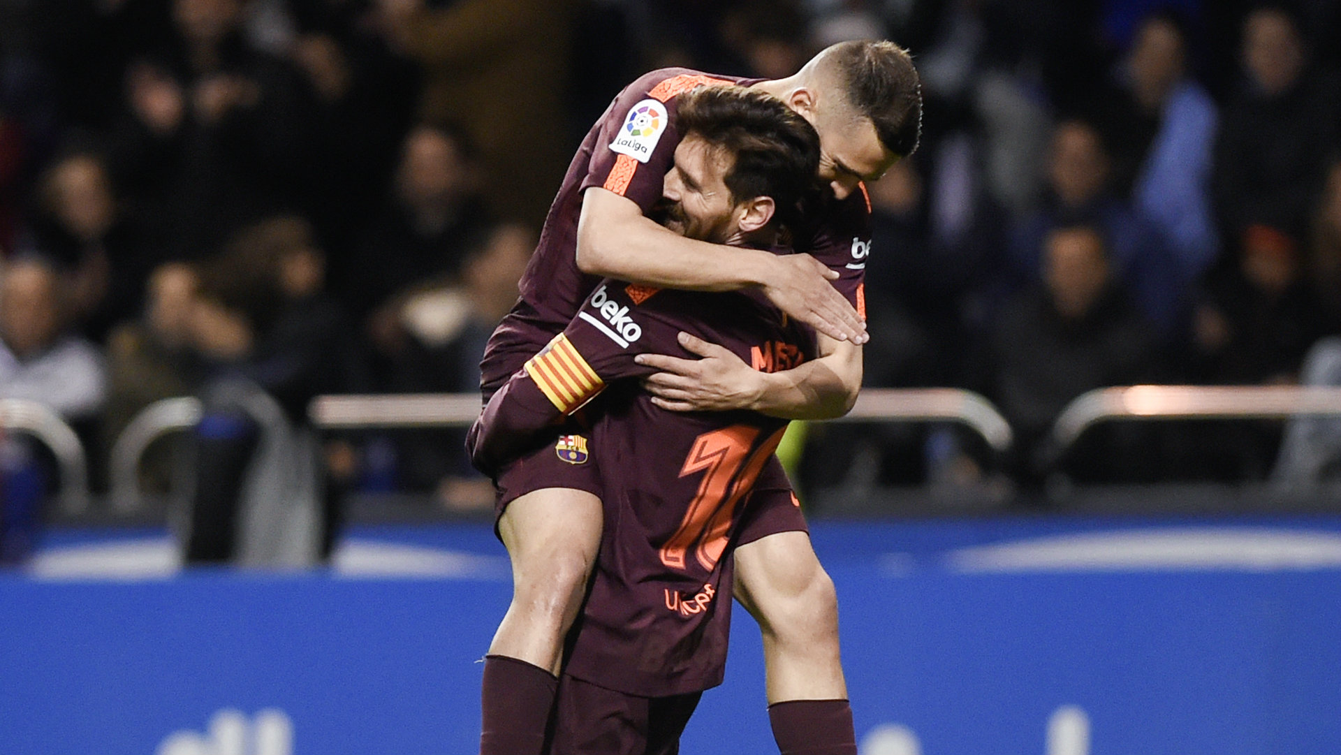 Barca aim to lift league title in 35th round in Spain