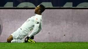 Yeni Ngbakoto PSG Guingamp Ligue 1 09012018