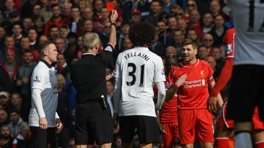 Martin Atkinson Steven Gerrard Liverpool Manchester United 2015