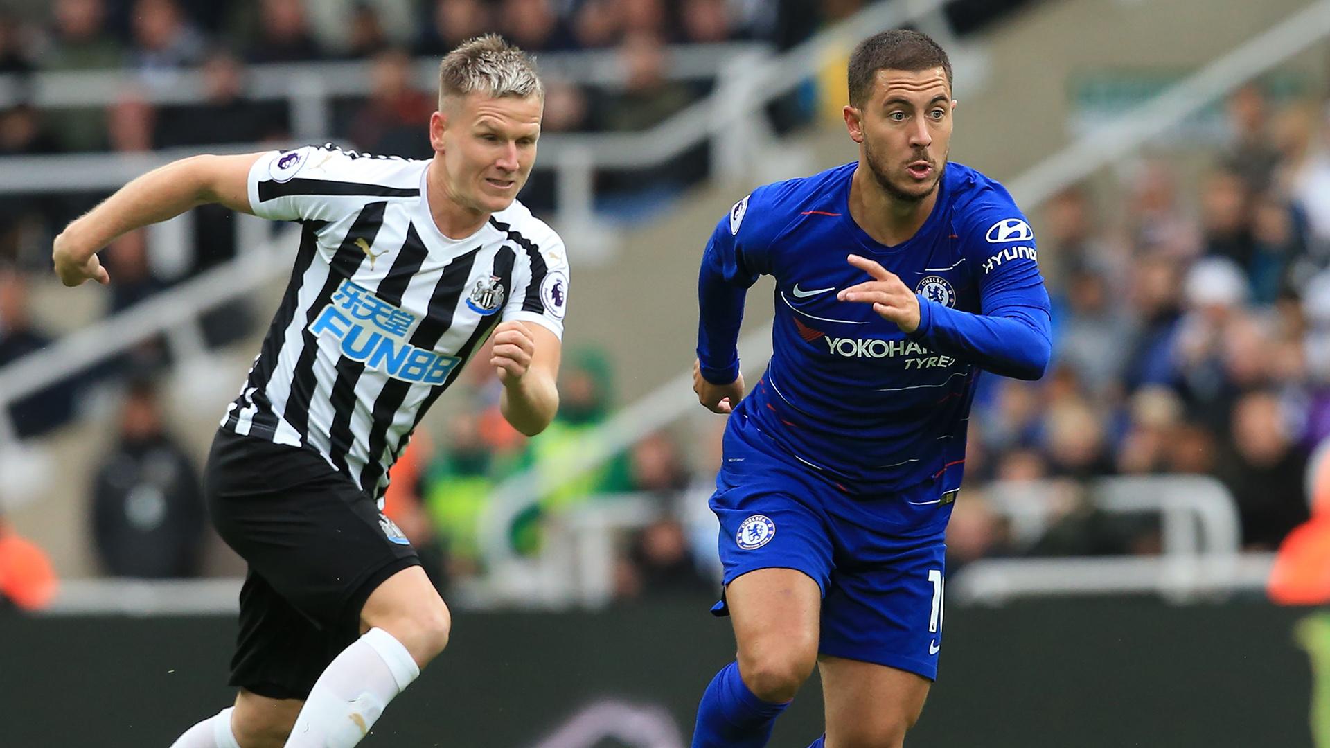 Eden Hazard Matt Ritchie Newcastle United Chelsea Premier League 260818