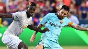 Paul Pogba Lionel Messi Manchester United Barcelona 2017-18