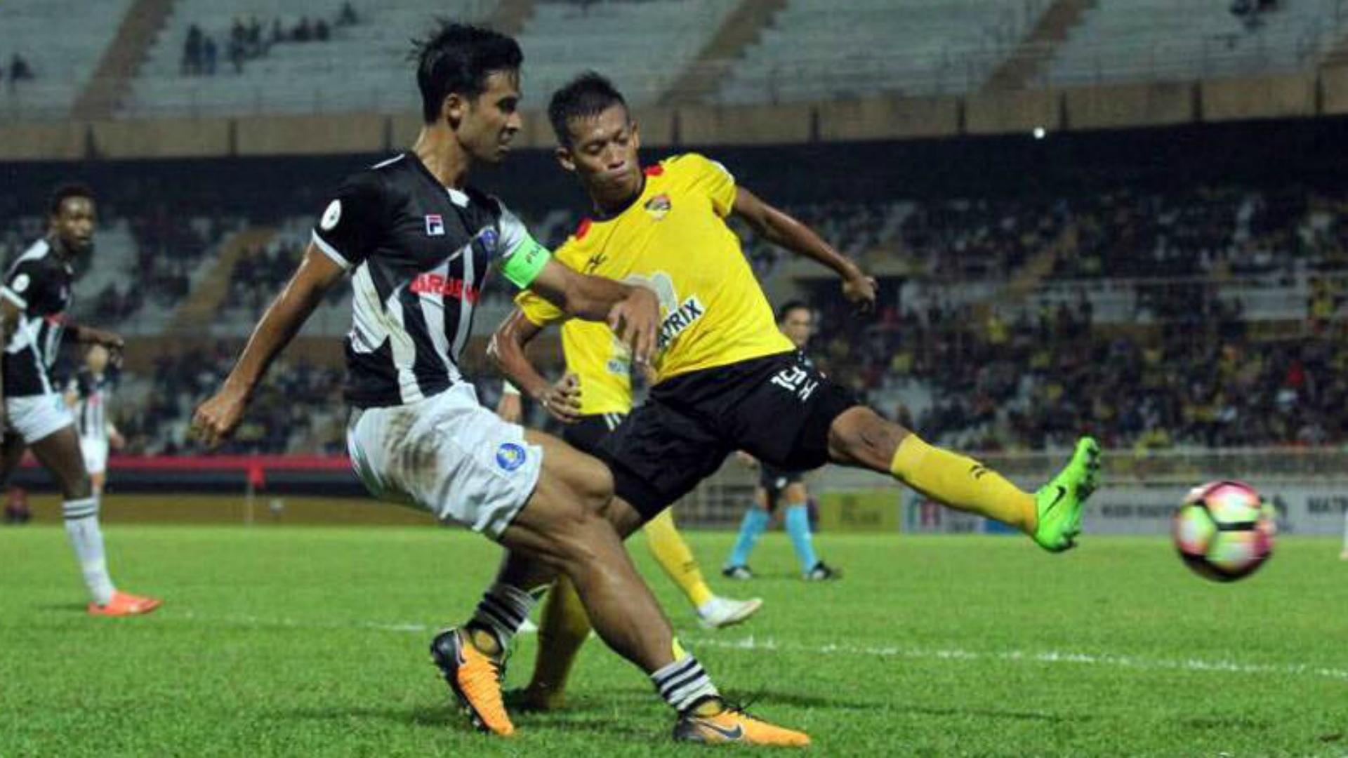 Matthew Davies, Pahang, Negeri Sembilan, Malaysia Cup, 29/07/2017