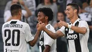 Joao Cancelo Cristiano Ronaldo Juventus Turin 20102018