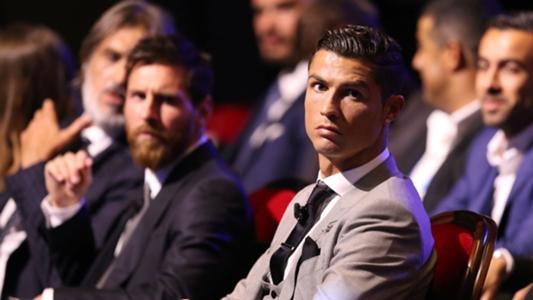 """Juventus, Pjanic : """"Deux joueurs valent 100 millions d'euros : Ronaldo et Messi"""""""