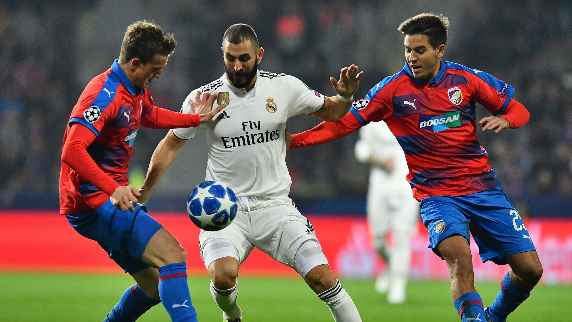 Karim Benzema Real Madrid Viktoria Plzen Champions League 07112018