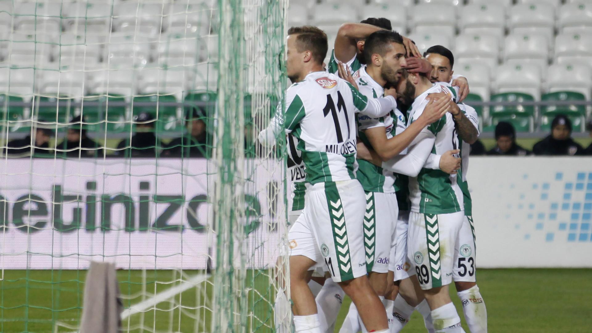 Konyaspor goal celebration 12112017