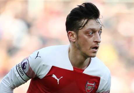 Ozil warned 'the writing's on the wall' amid Arsenal uncertainty