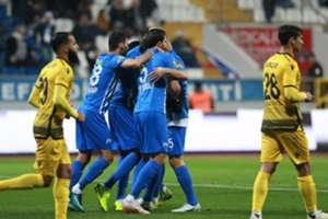 Kasimpasa Yeni Malatyaspor Goal Celebration Turkish Super League 11/25/18
