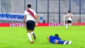 CAPTURA TV Enzo Perez Expulsion Velez River Superliga 24022018