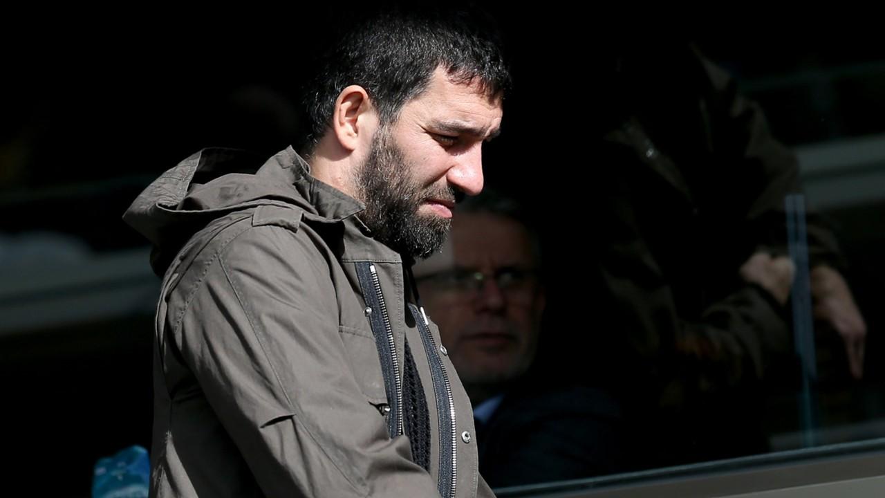 ผลการค้นหารูปภาพสำหรับ อัยการฟ้อง 4 ข้อหา, ร้องจำคุก 12 ปีครึ่ง