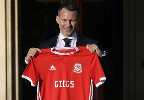 'Giggs will have to turn up for Wales games!'