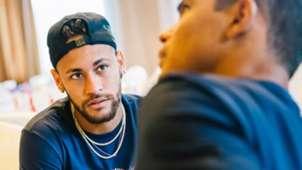 Neymar apresentação ao PSG na China 02 08 18