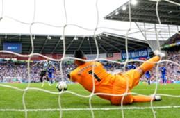 Neil Etheridge - Cardiff City v Newcastle United