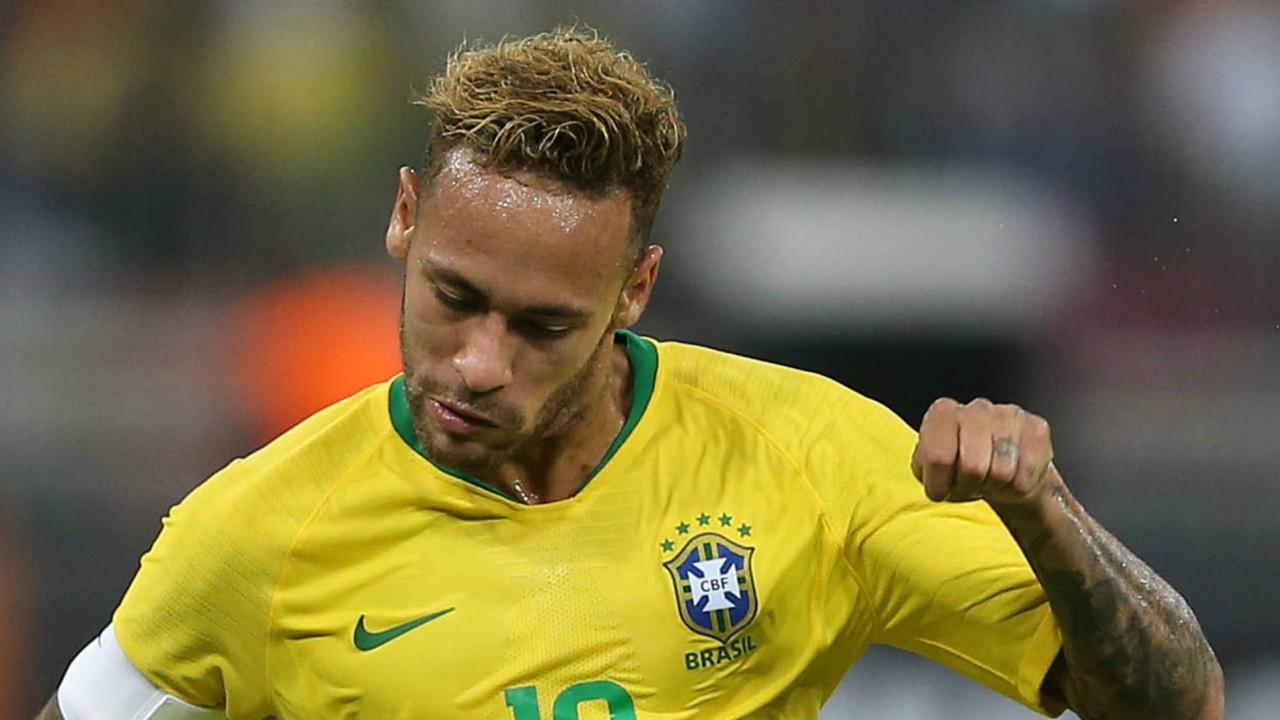 """Un dirigeant du Barça calme le jeu sur Neymar : """"Il n'est pas sur le marché"""""""