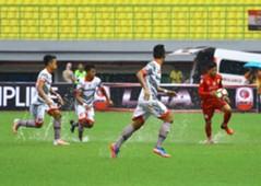 Persis Solo vs Martapura FC