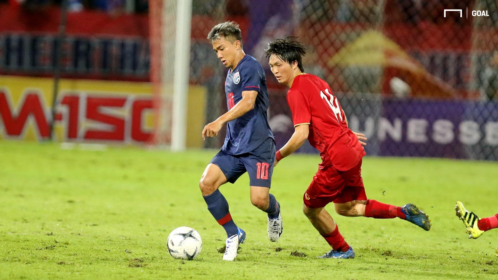 Chanathip Songkrasin Nguyen Tuan Anh Thailand vs Vietnam 2022 FIFA World Cup qualification