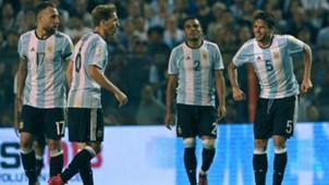 Gabriel Mercado Fernando Gago Lucas Biglia Nicolas Otamendi Seleccion Argentina Eliminatorias Peru 05102017