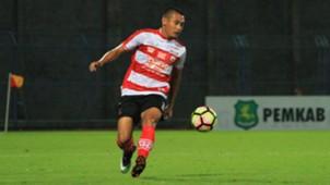 Guntur Ariyadi - Madura United