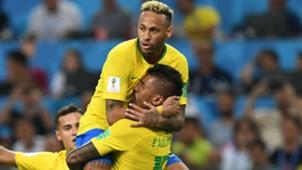 Neymar Paulinho Brazil World Cup