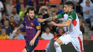 Lionel Messi Guillermo Maripan Barcelona Alaves La Liga 2018