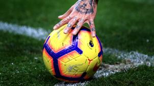 Premier League ball 2018