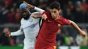 Diego Perotti Tiemoue Bakayoko Roma Chelsea UEFA Champions League 10312017