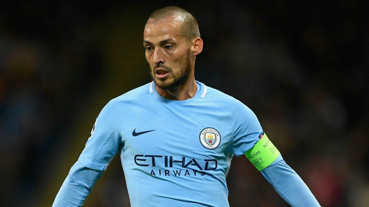 David Silva signs new Manchester City contract