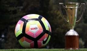 Balón fútbol chileno