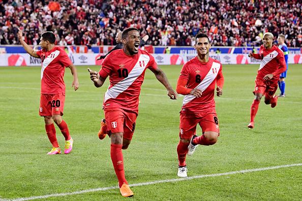 Poulsen trifft - Peru verpasst Punkt gegen Dänemark