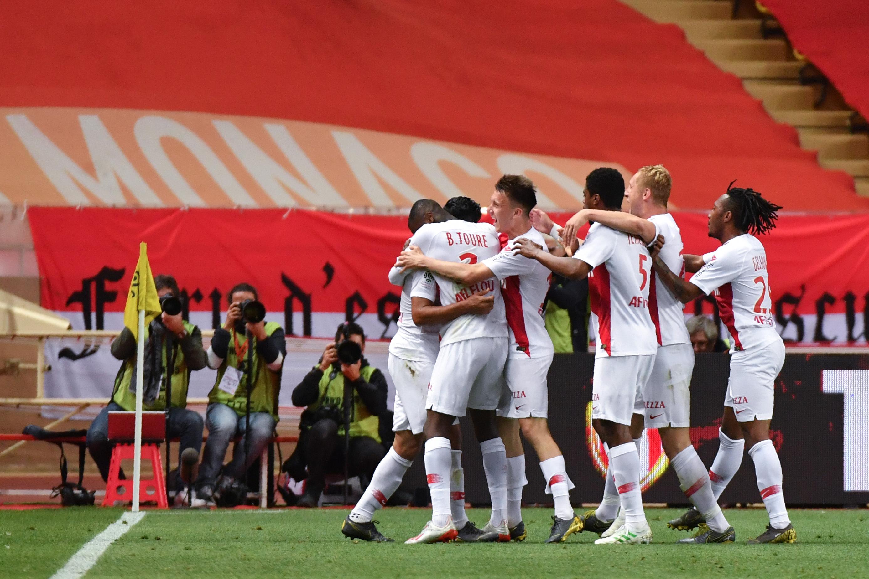 Ligue 1 : Lyon s'assure la Ligue des champions, Monaco respire