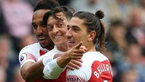 Pierre Emerick Aubameyang Mesut Ozil Hector Bellerin Arsenal EPL 09152018