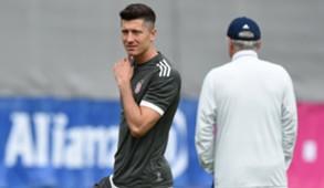 Robert Lewandowski Carlo Ancelotti Bayern München 11092017