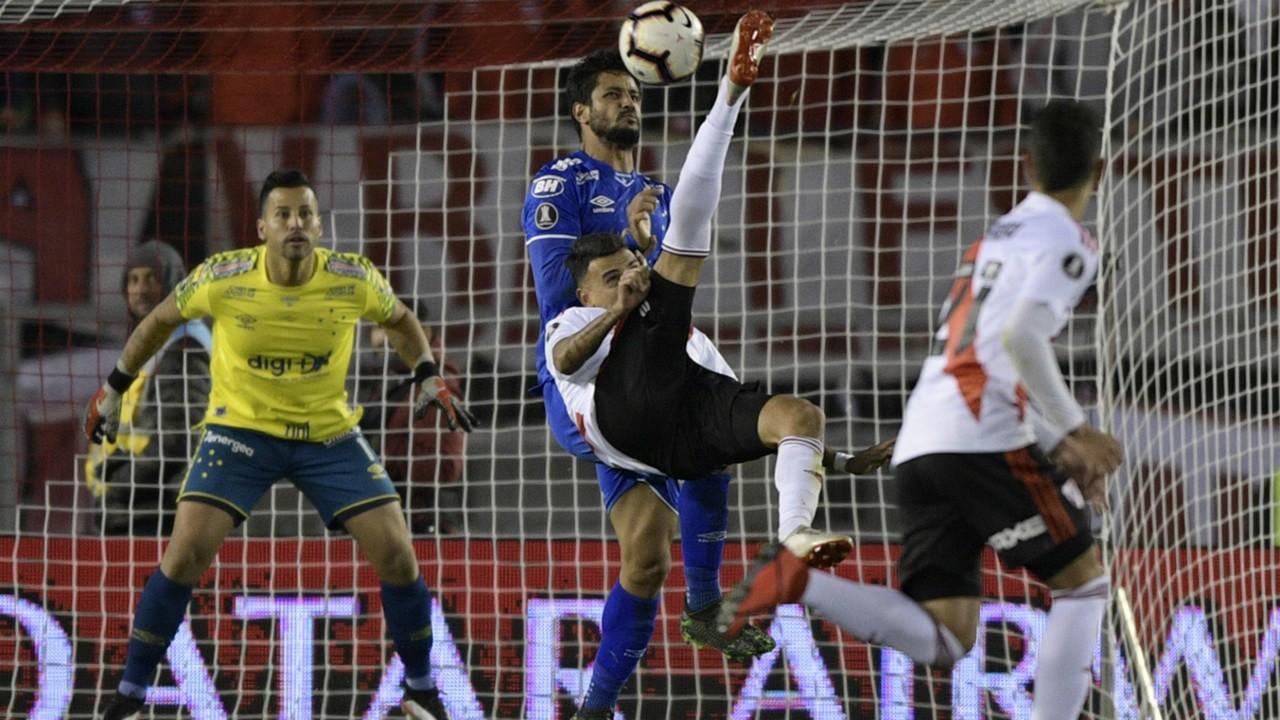 Matias Suarez River Plate Cruzeiro Libertadores 23072019