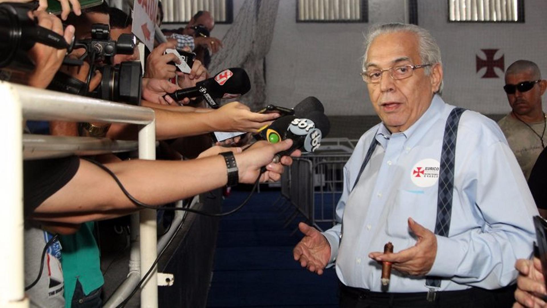 Eurico Miranda comemora a vitória da eleição 08 11 17