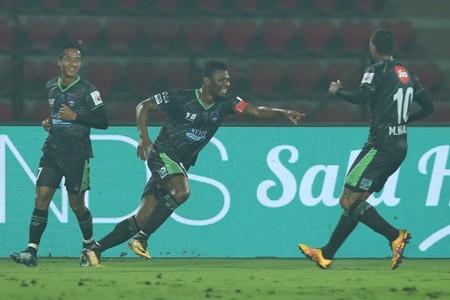 Delhi Dynamos Kalu Uche NorthEast United