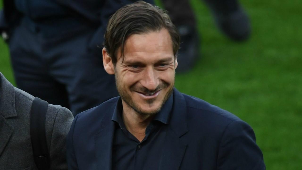 Francesco Totti: Roma konnte Angebot für Alisson nicht ablehnen ...