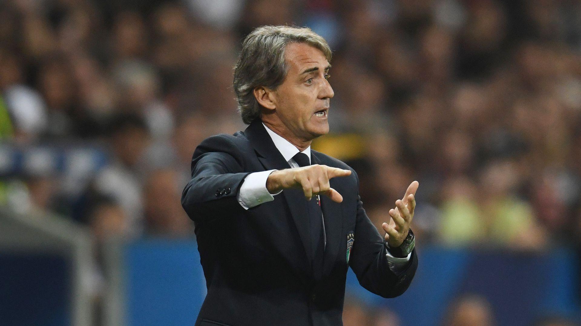 Mancini lancia l'allarme: